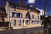 BRUYERES-LE-CHATEL-29-Liberation-Facade-rue-003